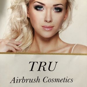 Other - Tru Airbrush Cosmetic Kit